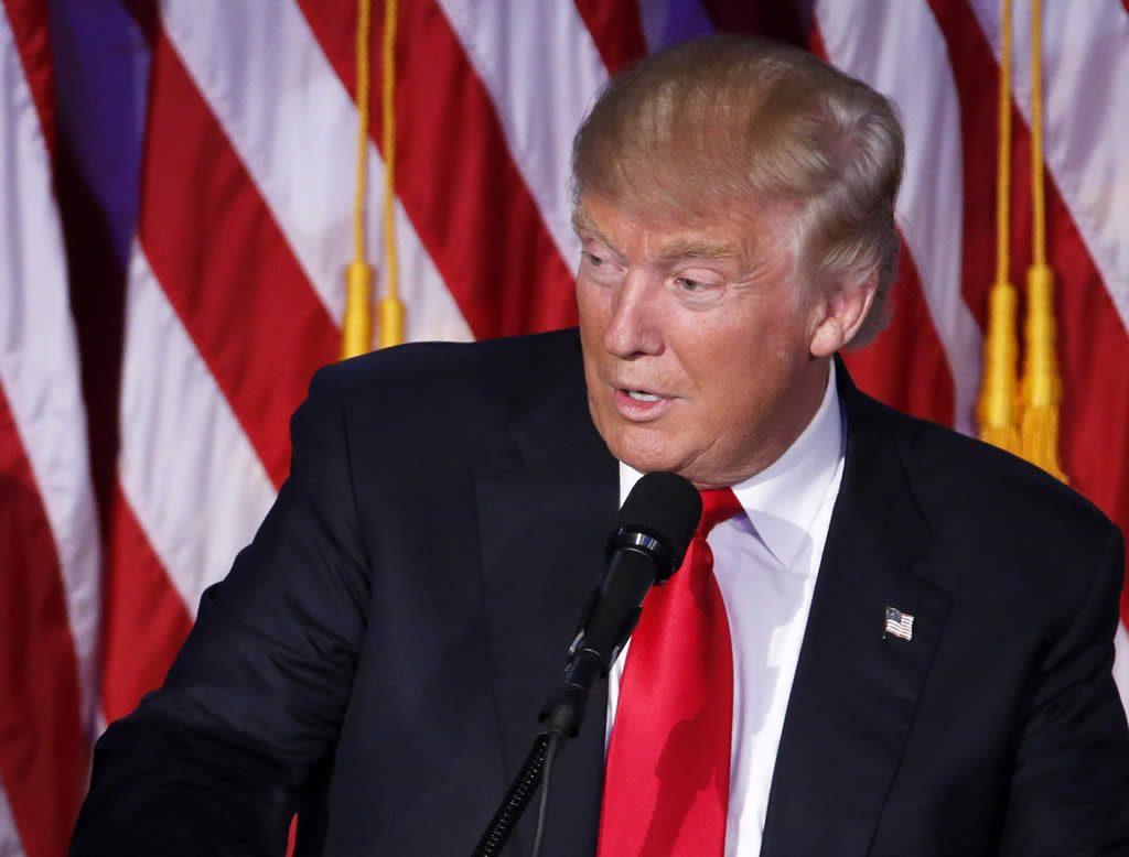 Trump gana y opta por un tono más conciliador
