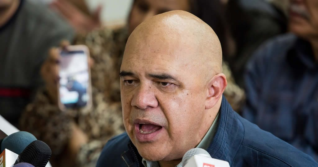 """MUD: """"Vamos a la mesa a buscar una solución electoral a la crisis"""""""