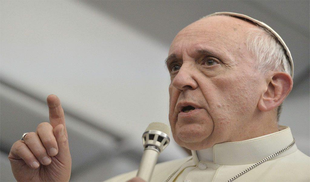 """El papa recibirá a Scorsese por la proyección de """"Silence"""" en el Vaticano"""