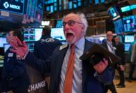 Wall Street cierra en verde y el Dow avanza un 0,88 %, liderado por Apple